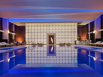 JW Marriott Absheron: Swimming Pool
