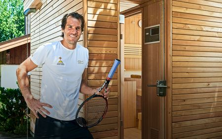 TORNI outdoor sauna at Tommy Haas