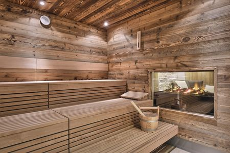 Sauna, spa and wellness references: Chalet Anna Maria, © Alexander Kaiser, KLAFS SANARIUM® with herbal infusion