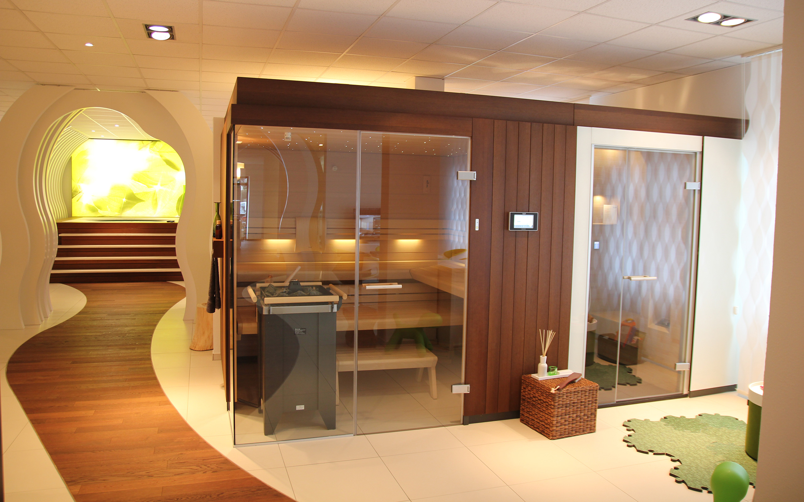 sauna showroom in cologne. Black Bedroom Furniture Sets. Home Design Ideas